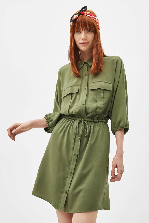86d9df72b0 las tendencias de moda feas primavera verano 2019 vestido bershka 22