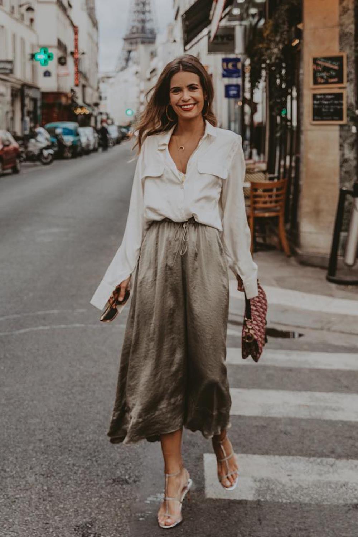 ddb55a101c cómo vestir bien si eres bajita collage vintage. Escote