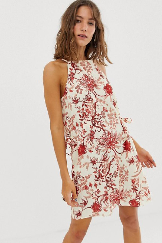 Elige El Vestido De Flores Más Bonito Para Primavera