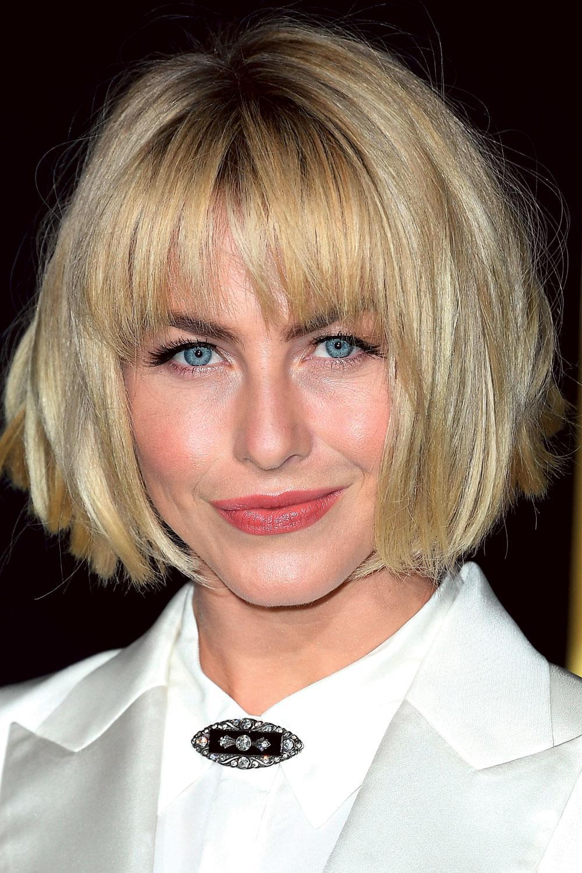 Julianne Hough. Cara triangular y pelo corto: corte escalado