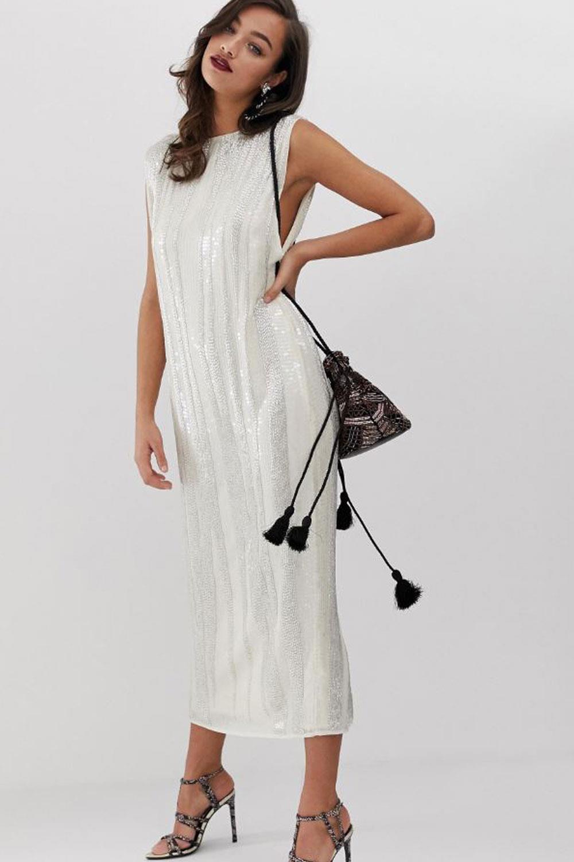 c26cd73ca Protocolo de bodas: cómo vestir y qué puedes llevar