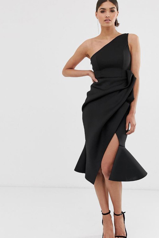 Vestido negro para una boda de dia