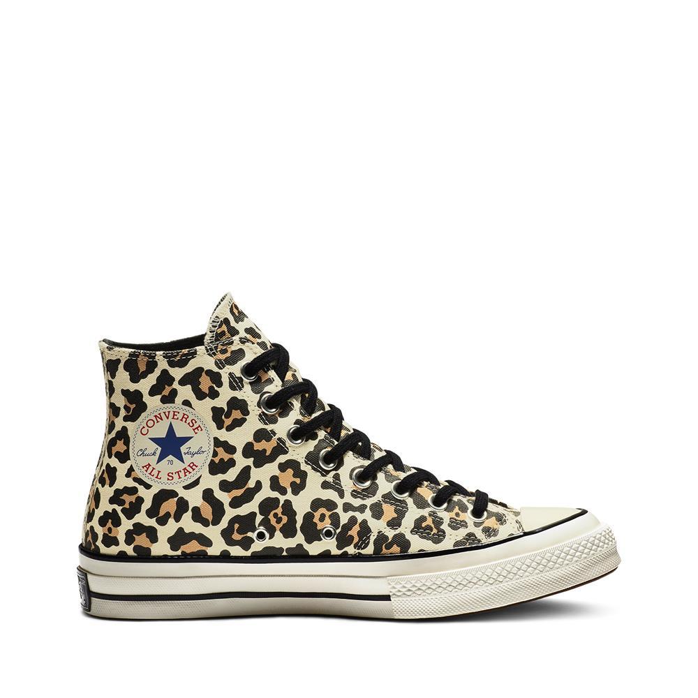 8b767e382 zapatillas converse estampado de leopardo 90€. De leopardo