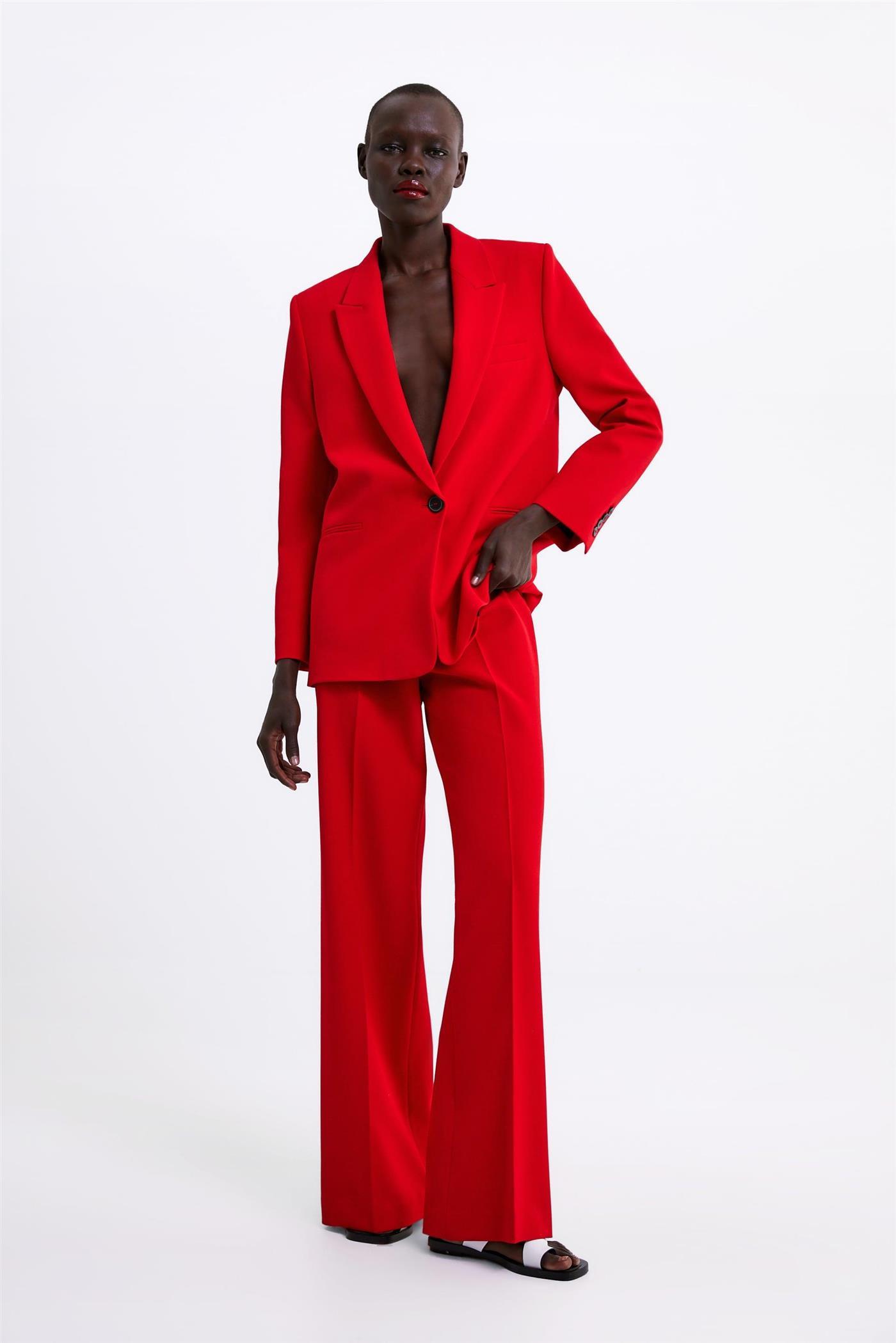c54e9a849 Tamara Falcó tiene el pantalón palazzo de Zara que te solucionará el ...