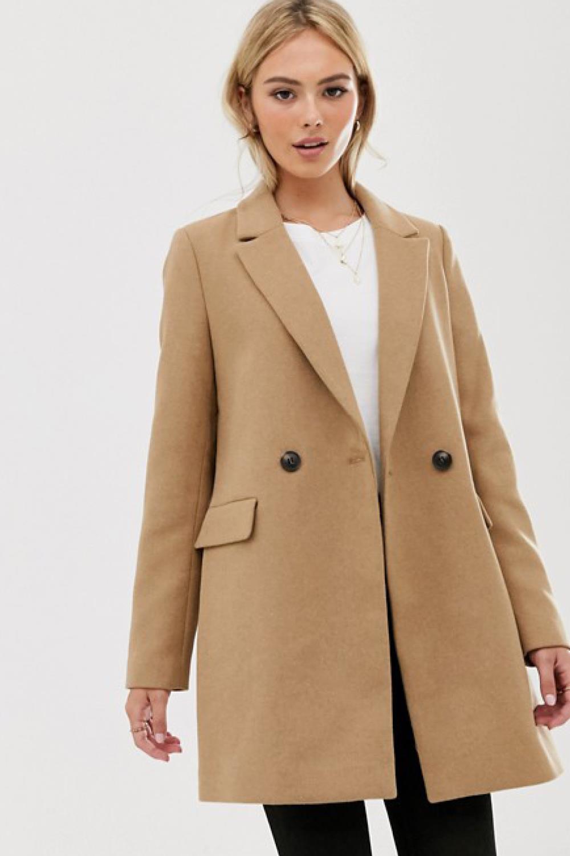 Zara, H&M y ASOS tienen los abrigos más bonitos de este