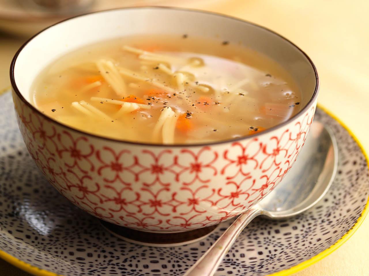 que comer hoy sopa fideos