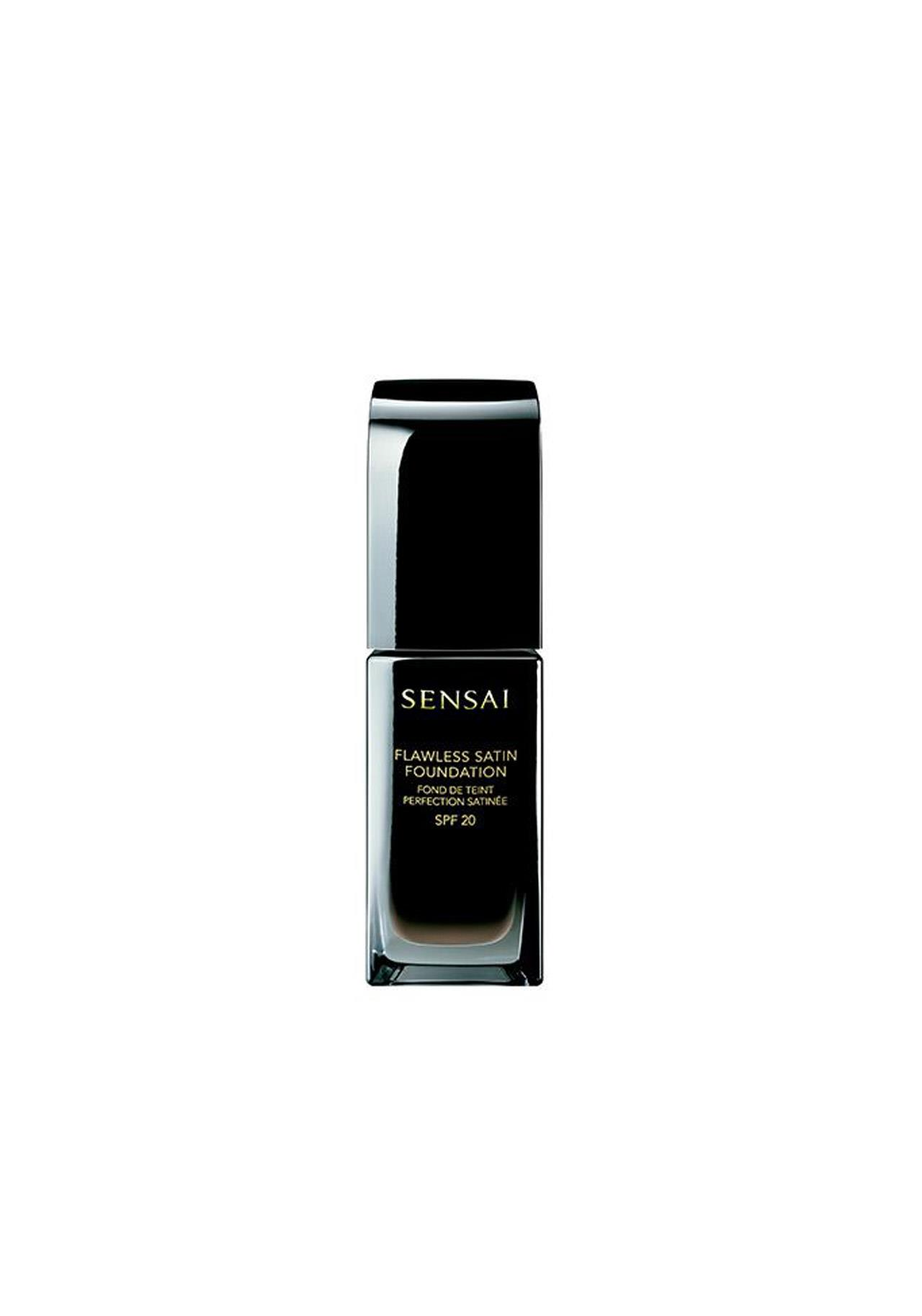 bases de maquillaje antiedad Flawless Satin Foundation de Sensai, 56€