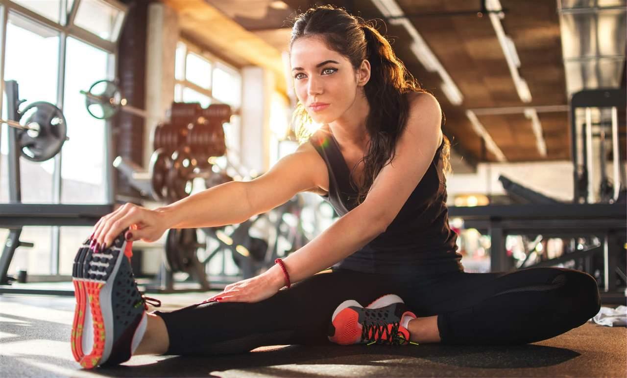 estiramientos-antes-de-hacer-ejercicio_f8c16755_1280x773