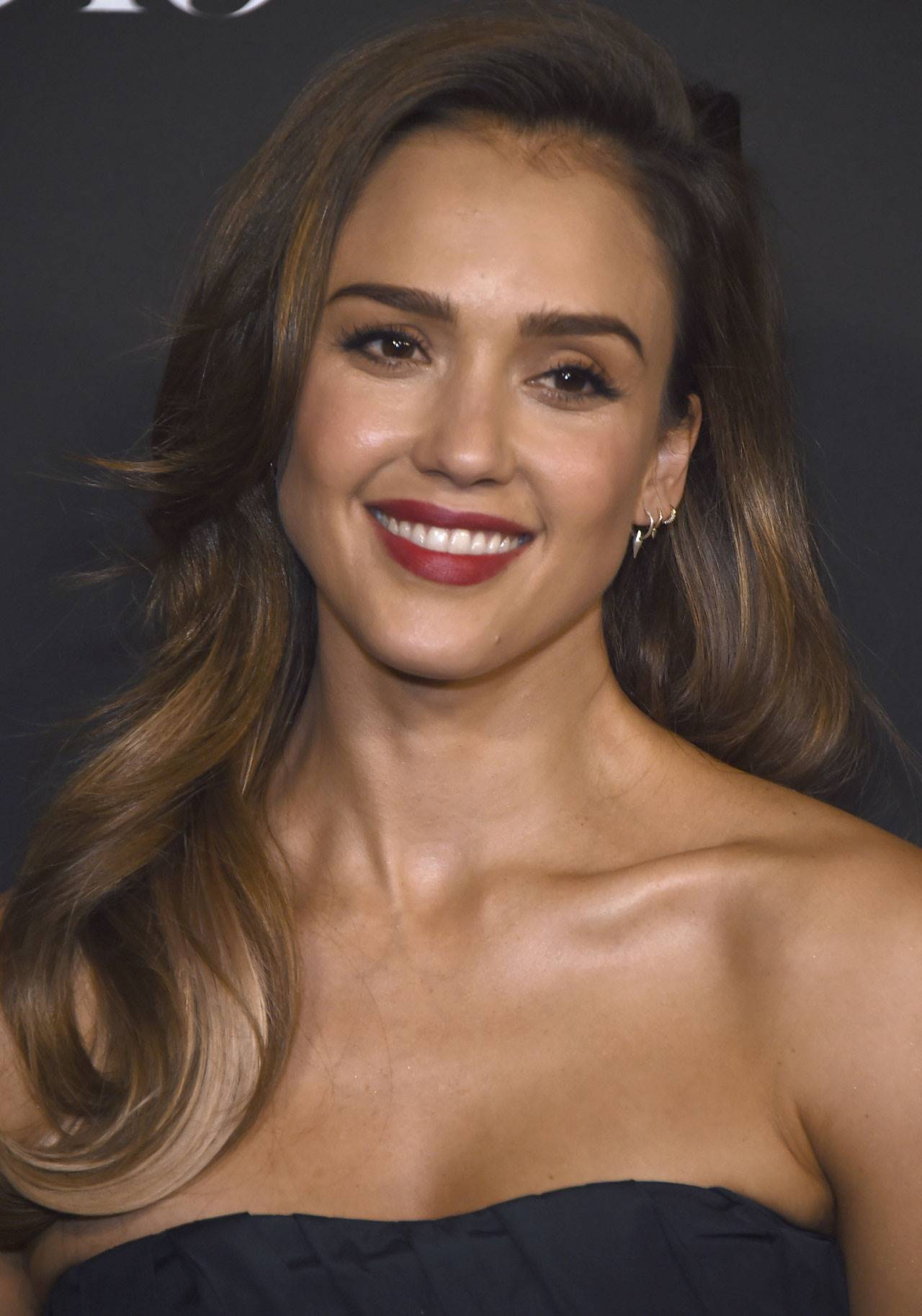 Twilighting Jessica Alba