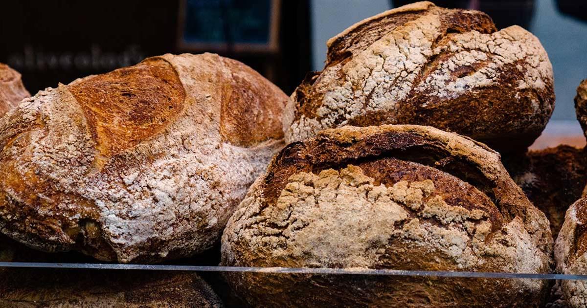 Si el pan es integral, ¿puedo comer todo el que quiera?