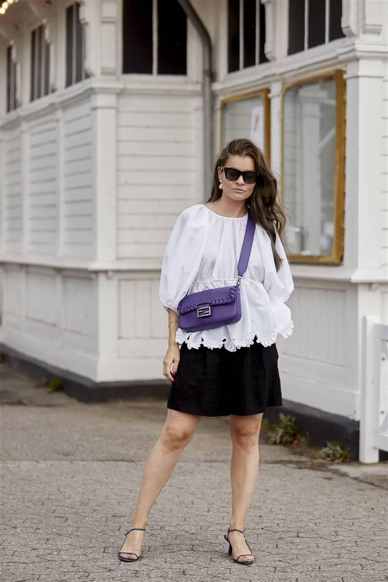frecuentemente sábado magia  Las blusas blancas de Zara imprescindibles para el verano de 2020