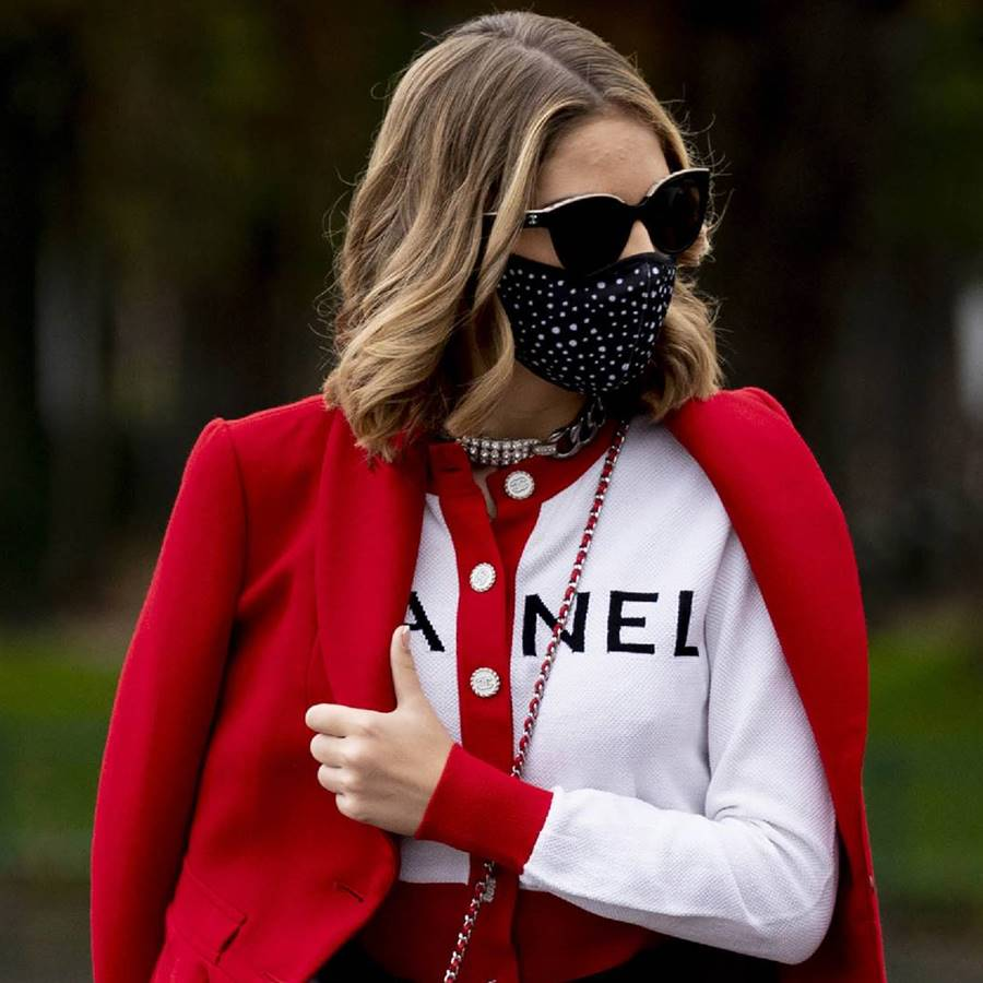 10 mascarillas higiénicas de tela reutilizables estampadas y made in Spain