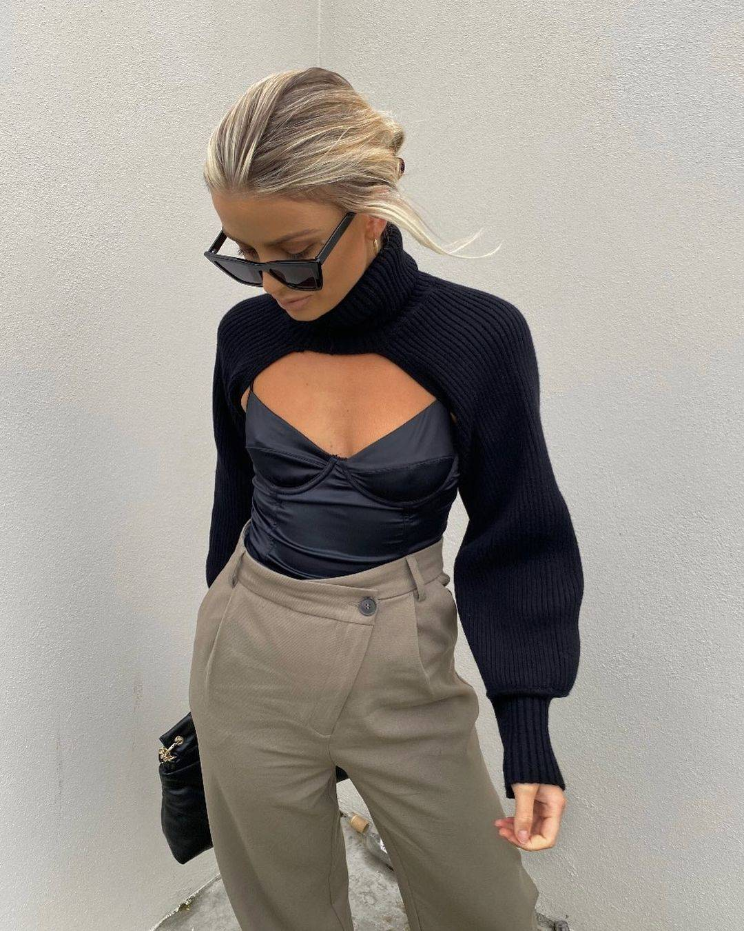Knit sleeves